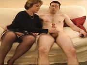 Geile vrouw houdt van anale seks